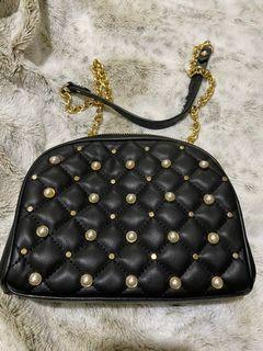 Zara chain on wallet pearl purse