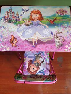 Disney Sofia table and chair