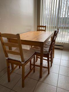 Kitchen table (4 chairs with white cushions)