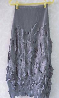 類pleats please /三宅一生  #造型皺摺長裙