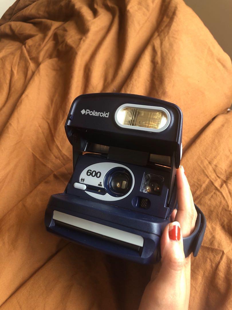 Polaroid 600 film Camera
