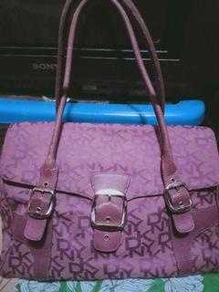 Rush sale !Preloved DKNY Bag