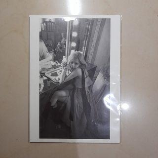 Rosé Official Postcard R Album
