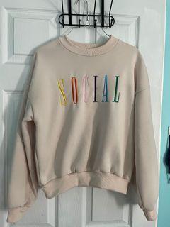 Social sweatshirt