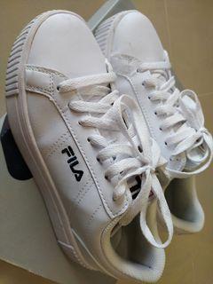 Fila shoes for women ( US 6.5 )