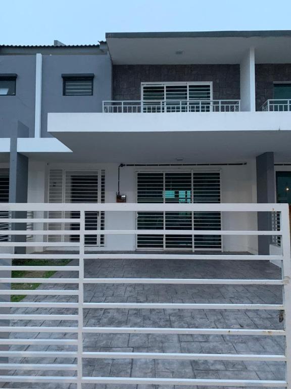 FOR SALE: 2 Storey House, Saujana Klia Camelia 3a Sepang