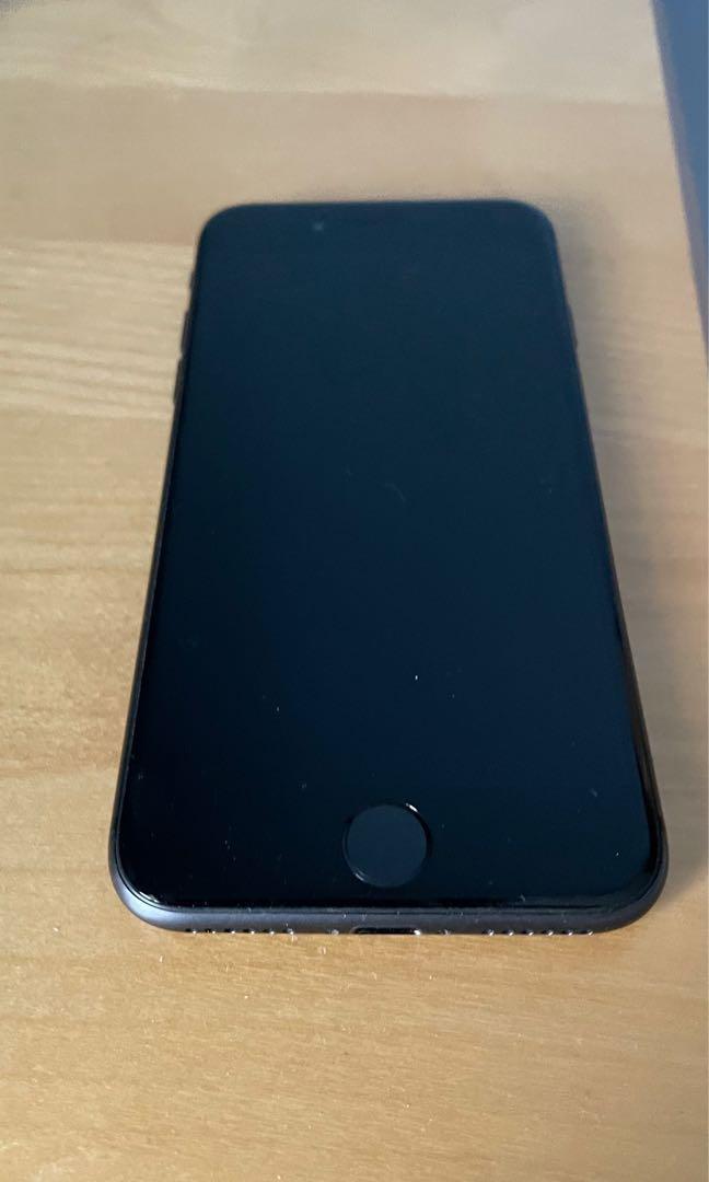 iPhone 8, 64GB.