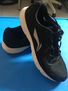 LiNing Running Shoes