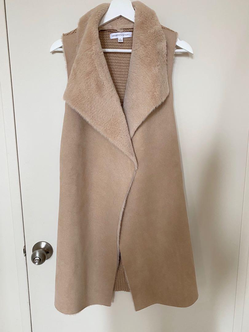 Sleeveless Vest Coat size L (Fits like M)