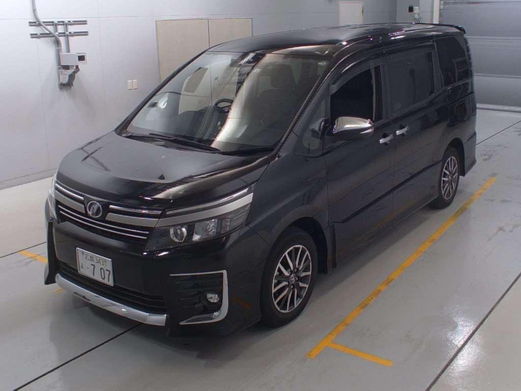 Toyota Voxy 2.0 ZS Kirameki 2