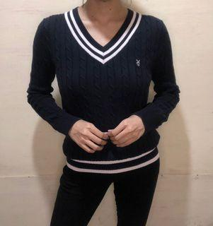 Academia cable knit sweater