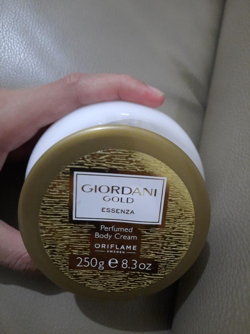 Body Cream (Perfumed) Gold Essenza Oriflame