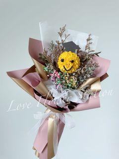 Dried Flower Bouquet/Dried Rainbow Baby Breath Bouquet/Graduation Bouquet/Handmade DIY Bouquet