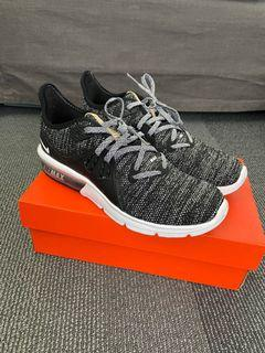 Nike Air Zoom size 7