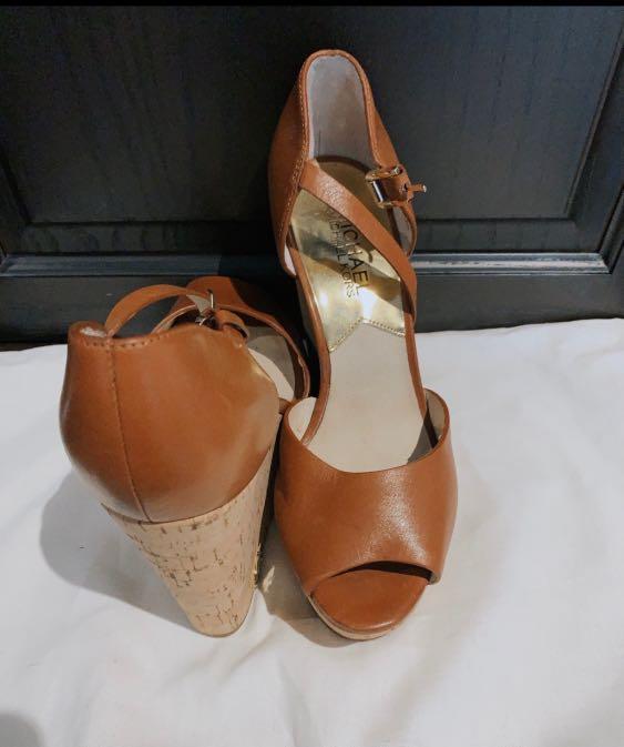 Michael kors Heels size 6