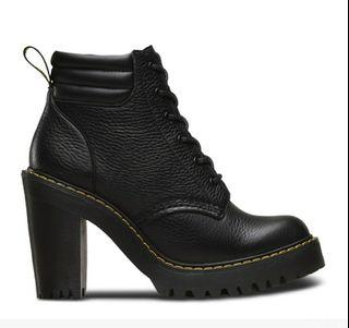 Dr. Martens Persephone heeled boots black leather Size 7