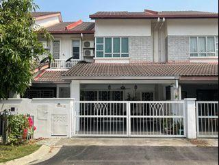 [PARTIALLY FURNISHED]Bandar Nusaputra, Puchong - Double Storey