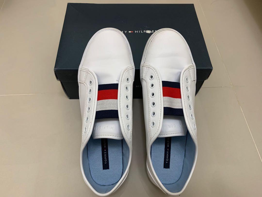 Tommy Hilfiger小白鞋