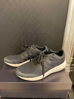 Adidas 運動鞋 黑色 NEO