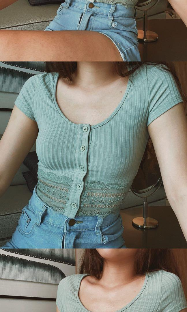Looking for this lexie lace crop top