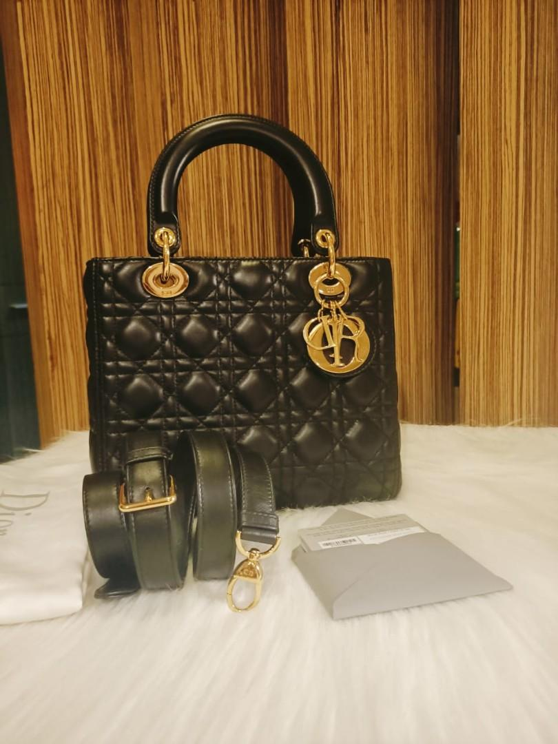 Medium Black GHW 2017 Complete with db adjustable strap booklet and stamped card Butik