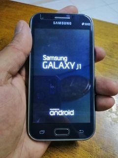 Samsung galaxy j1 untuk di jual rm130