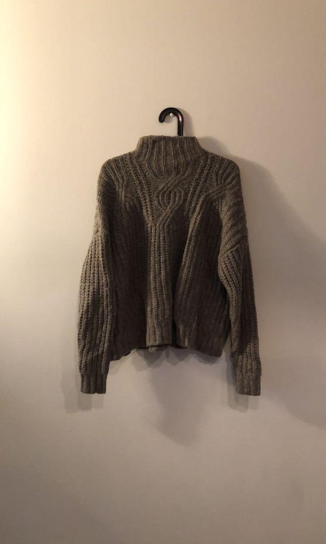 Aerie chunky knit sweater