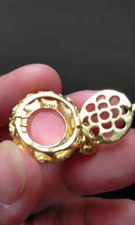 18k Gold pendant Au750