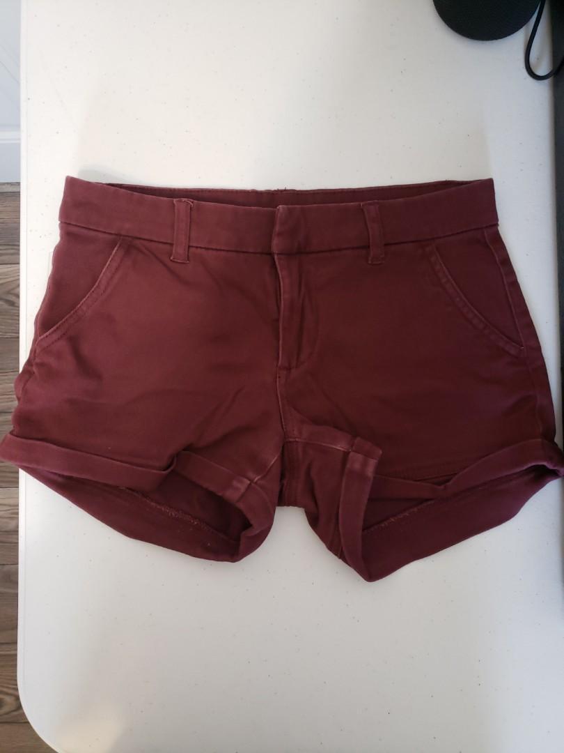 Burgendy summer shorts