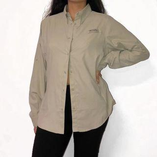 COLUMBIA WIND & WATER PROOF BUTTON UP