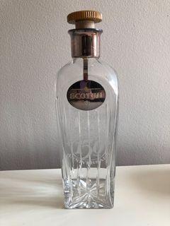 ie Walker 150th Anniversary glass scotch decanter