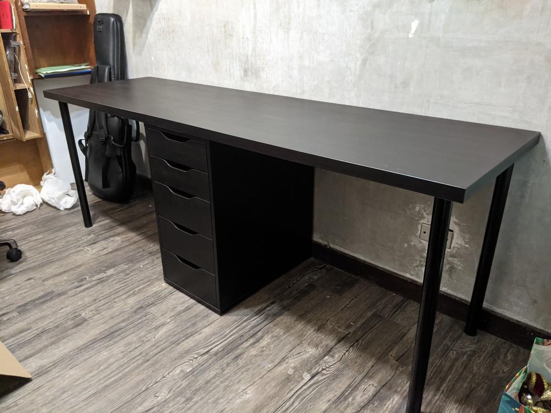 Ikea 書桌
