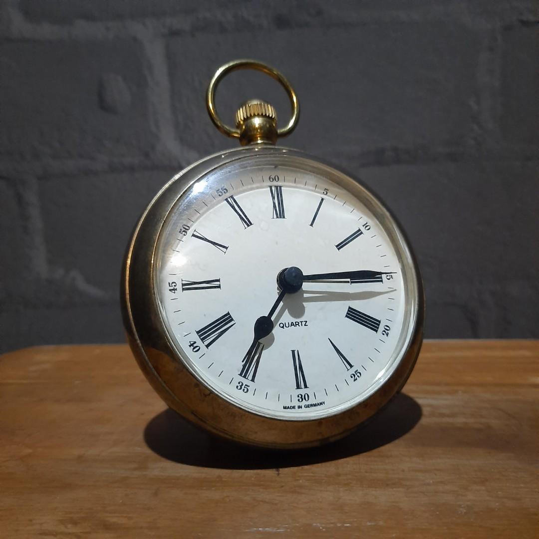 Pajangan Jam Antik Quartz Jadul Vintage