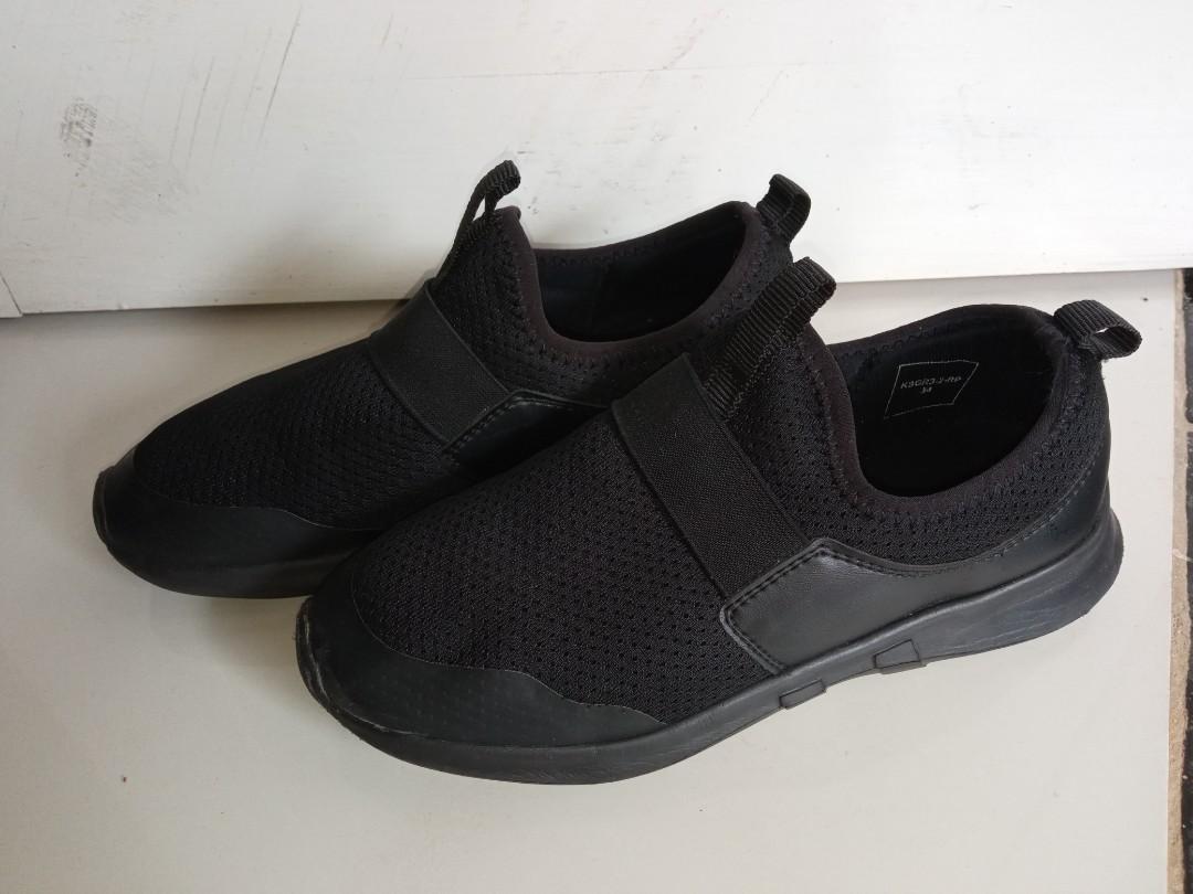 Sepatu anak laki laki fladeo asli