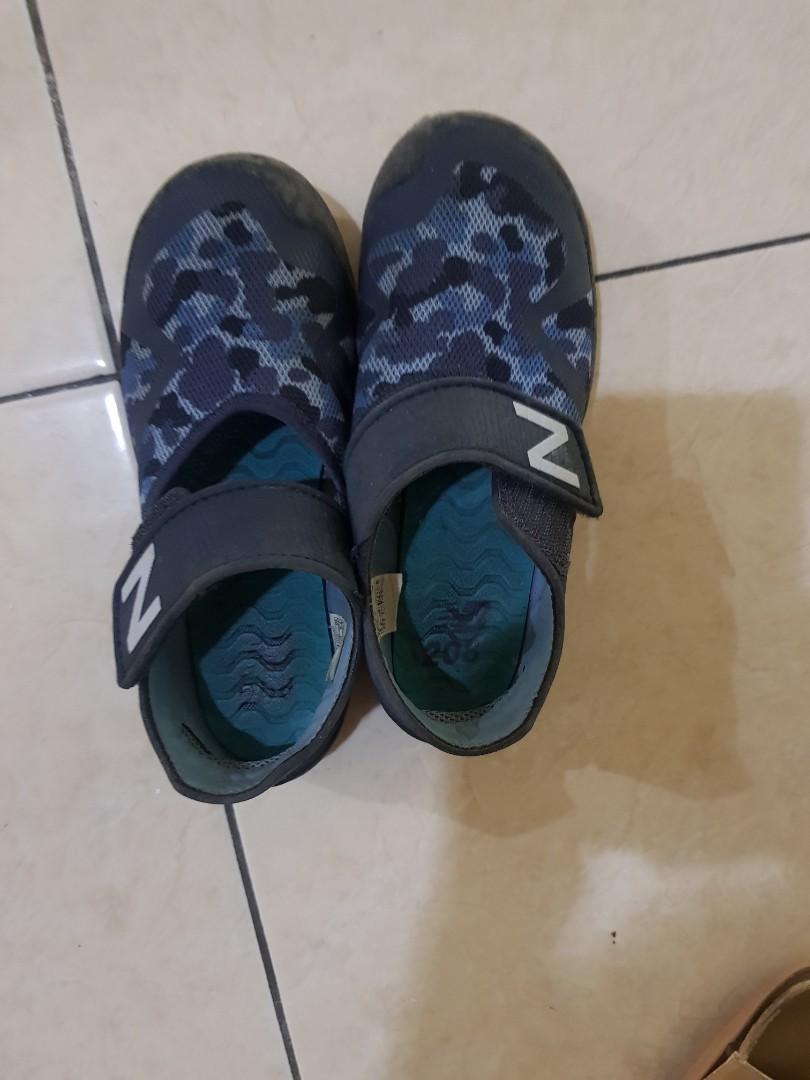 Sepatu anak  Newbalance