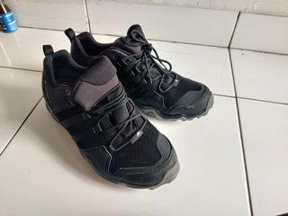Sepatu Trekking Adidas Terrex sz 43.5