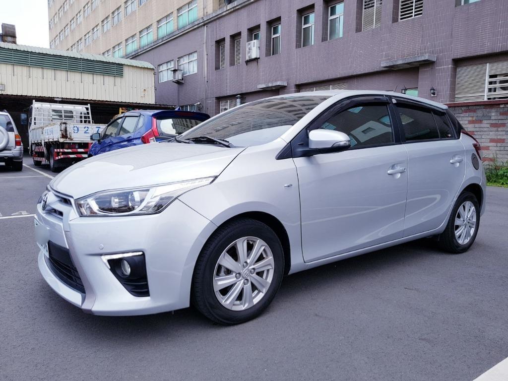 2014年豐田TOYOTA Yaris RS Smart信用瑕疵、代客尋車、車換車、全額貸、低月付、八大行業、壽星優惠