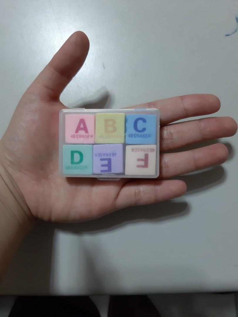 字母橡皮擦一盒