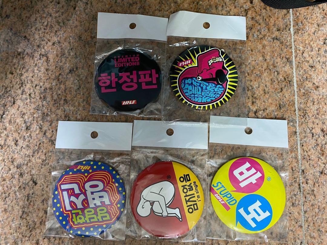 韓國 襟章 一套