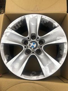 BMW的輪框