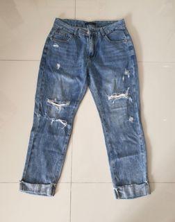 Jeans model cabik cabik