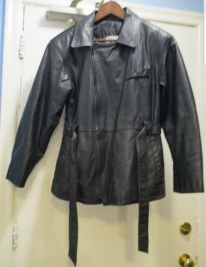 Leathet coat
