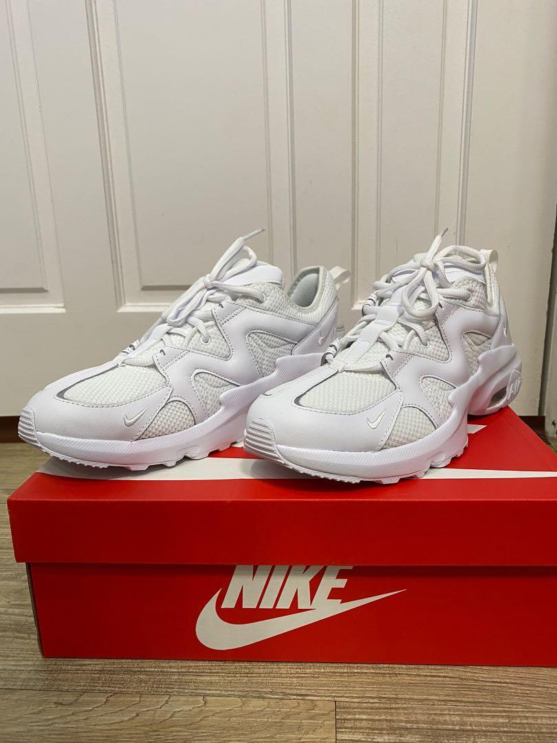 Nike 休閒鞋