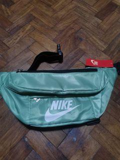 Nike light green belt bag