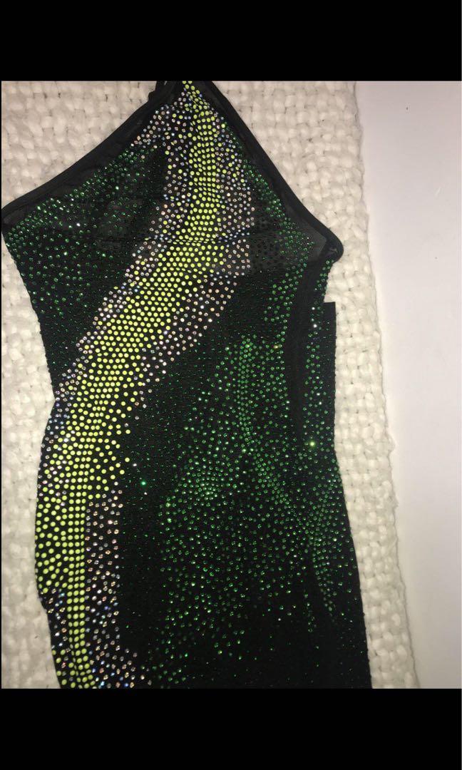 One shoulder green&black sheer dress