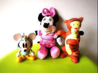 To bless free give away Mickey Mouse key chain and toys