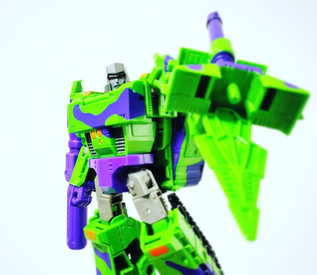 Transformers Generations Select G2 Megatron
