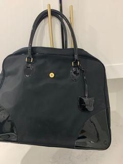 Black new bag with lots of storage