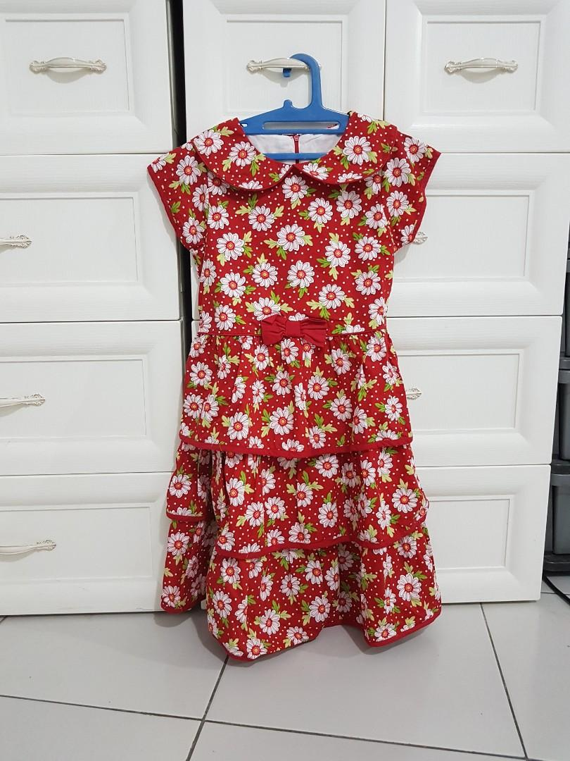 Dress bunga merah