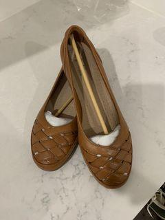 Flats two colour available
